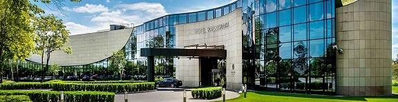 Centrum Szkoleniowo Konferencyjne - Front Budynku